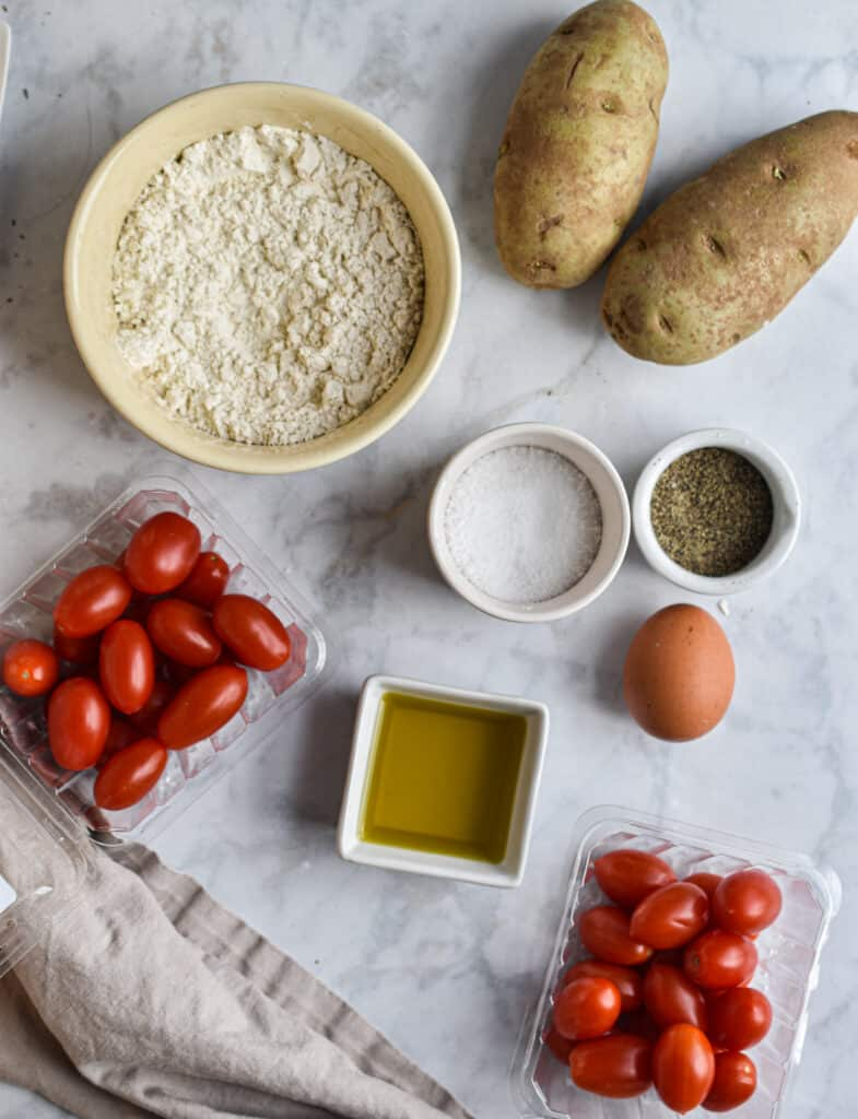 Gnocchi and tomato sauce ingredients