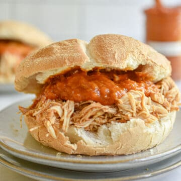 Sandwich made of Instant Pot BBQ Pulled Chicken