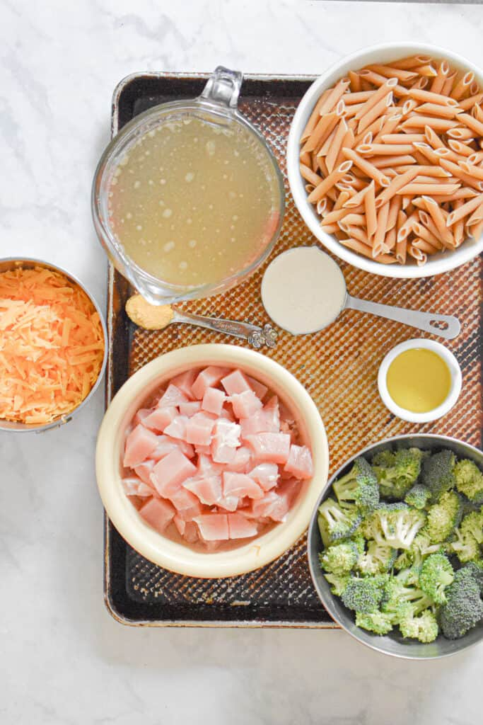 Ingredients for the one pot chicken broccoli pasta
